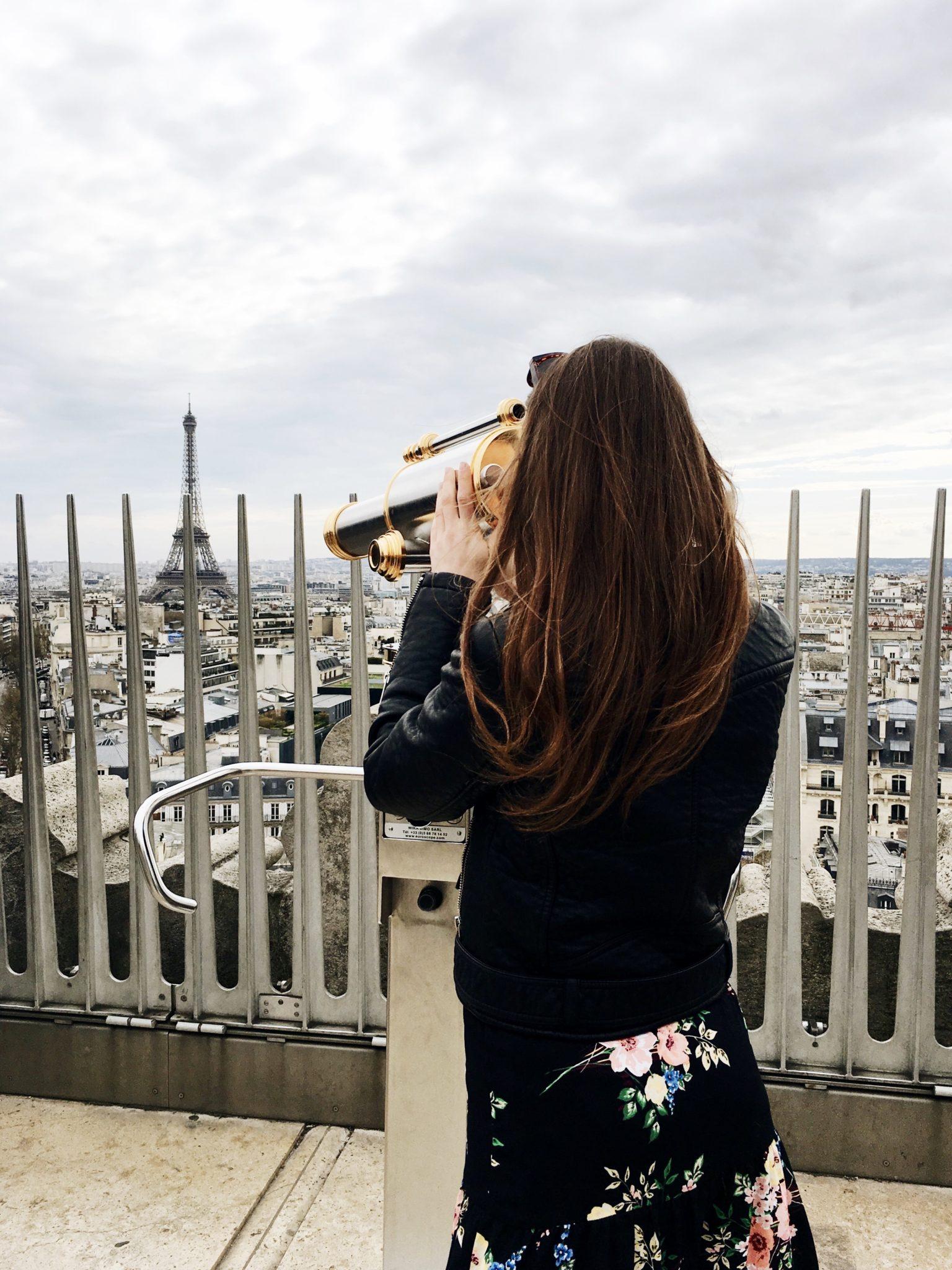 łuk tryumfalny widok punkt widokowy Paryż