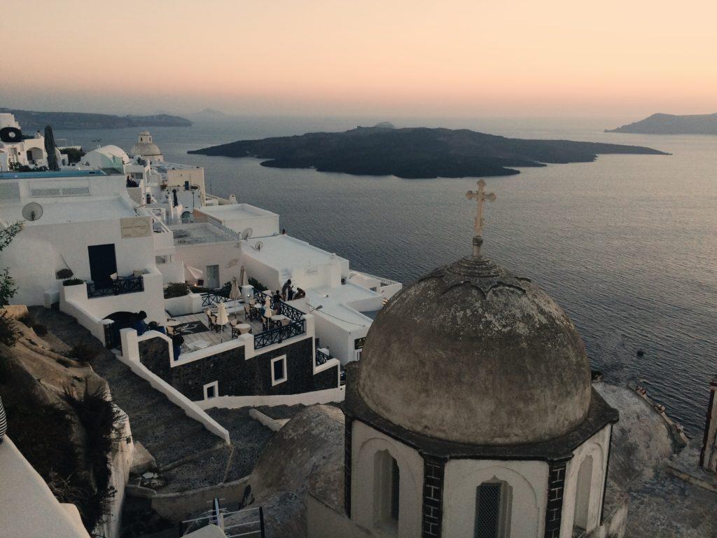 Fira zachód słońca na Santorini