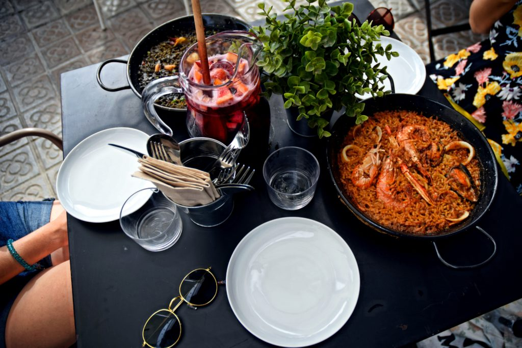 Paella sangria